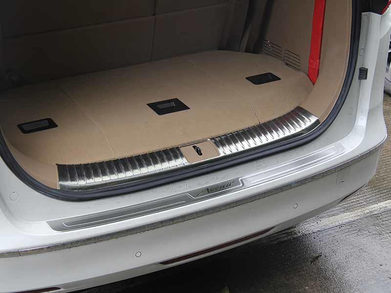 New door sill guard mitsubishi factory for van