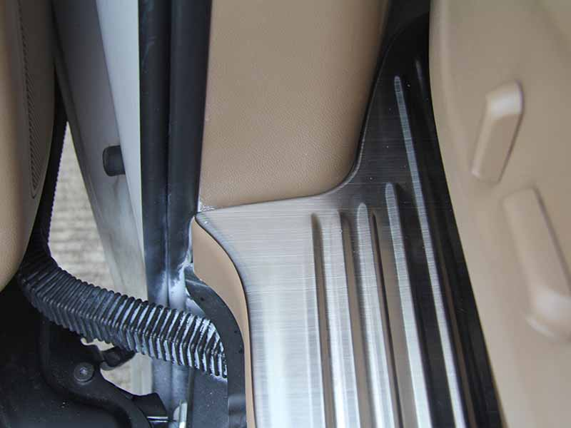New door sill guard mitsubishi factory for van-8