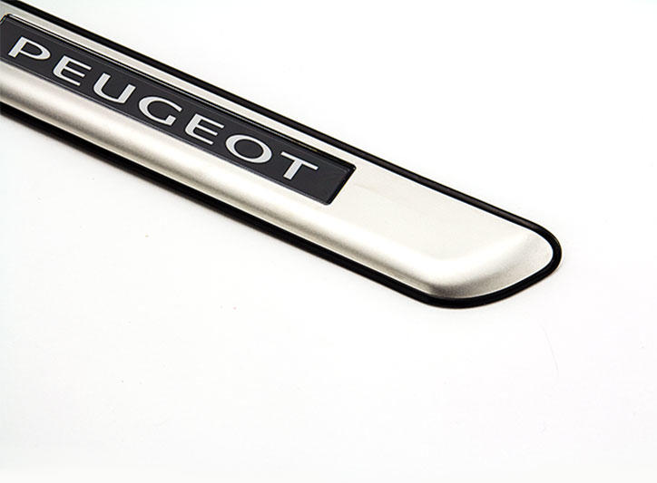 Peugeot Citroen——LED Stainless Steel Door Sill and car pedal for 308